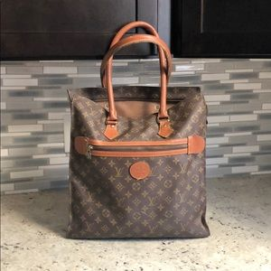 Louis Vuitton Messenger Tote